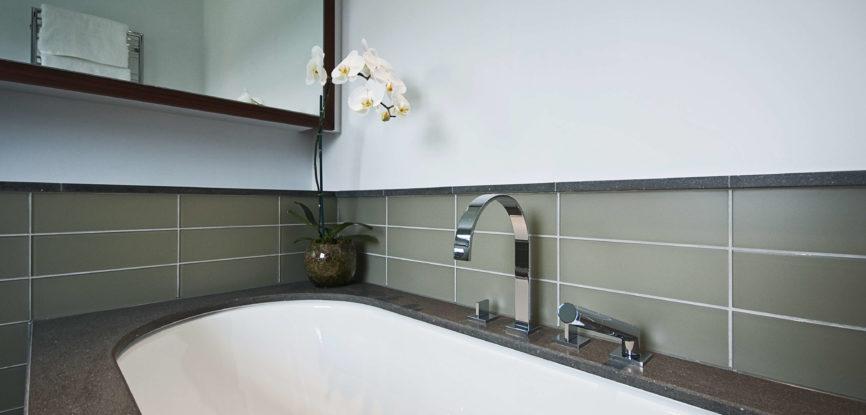 nettoyer des joints de salle de bain