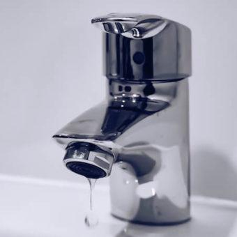 Comment moins consommer l'eau du robinet