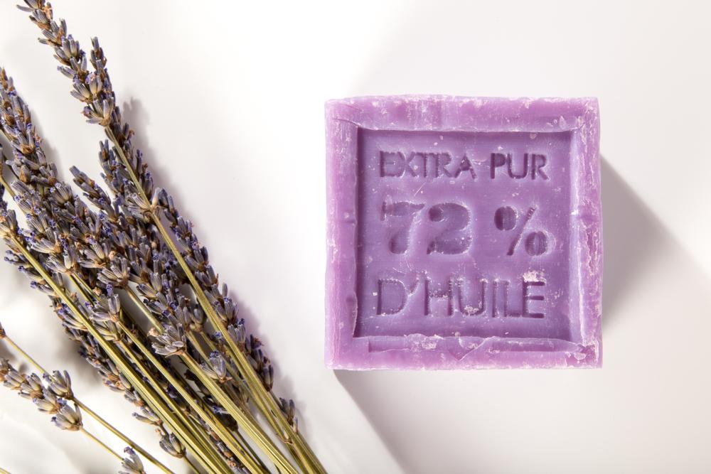 Bloc de savon de Marseile à la lavande